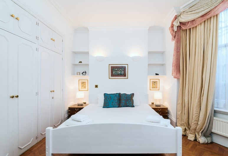 Lovely 1BR Home Near Holland Park, 4 Guests, London, Tuba