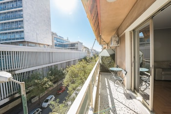 Picture of Victoria Black Pearl Apartments in Athens