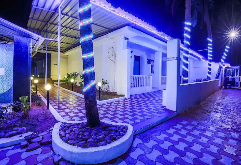 OYO 24659 Lucky Star Hotel, Colva, Property Grounds