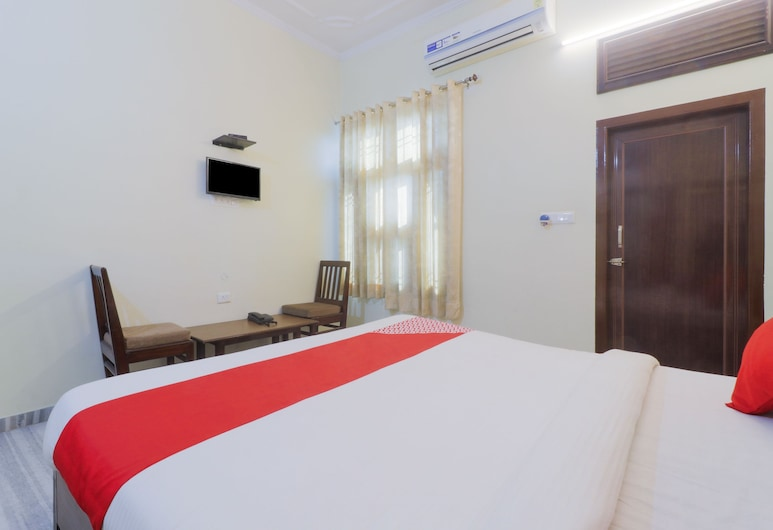 OYO 24535 Hotel Payas, Jaipur, Guest Room
