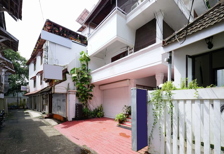 Oyo 18323 Home Splendid Stay Fort Kochi Beach, Kochi
