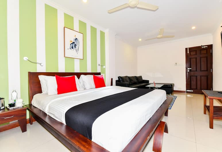 Capital O 848 The Pearl Palace Hotel, Kochi, Deluxe Double or Twin Room, 1 Single Bed, Guest Room