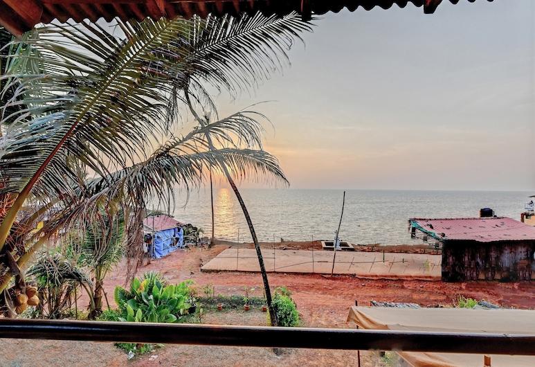 OYO 24176 Home Sea View Stay Anjuna Beach, אנג'ונה, חוף ים