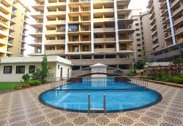OYO 24498 Home Elegant 1BHK Dabolim, Vasco da Gama, Vanjski bazen