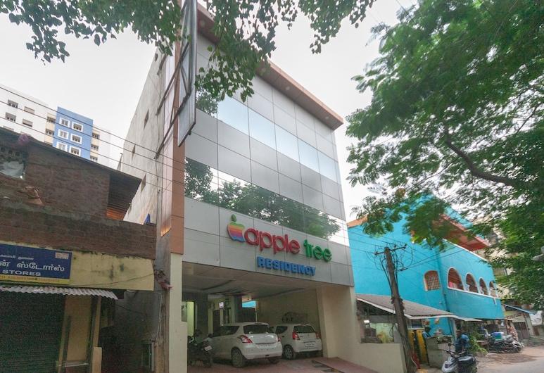 OYO 22408 Apple Tree Residency, Chennai