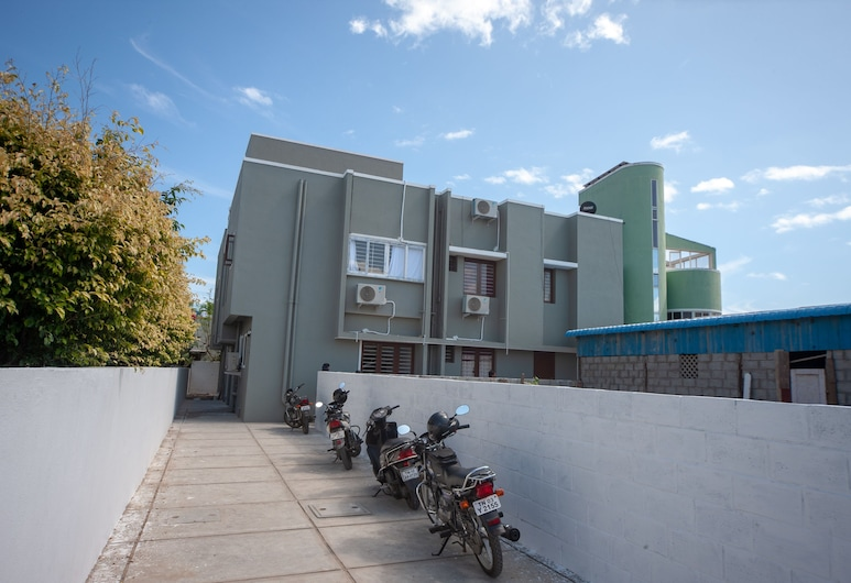 OYO 24052 Flagship Covelong Residency, Chennai, Fachada do Hotel