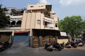 Picture of OYO 15141 Townvilla Guest House in Hyderabad