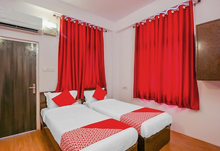 OYO 17168 Hz Lodge, Hyderabad