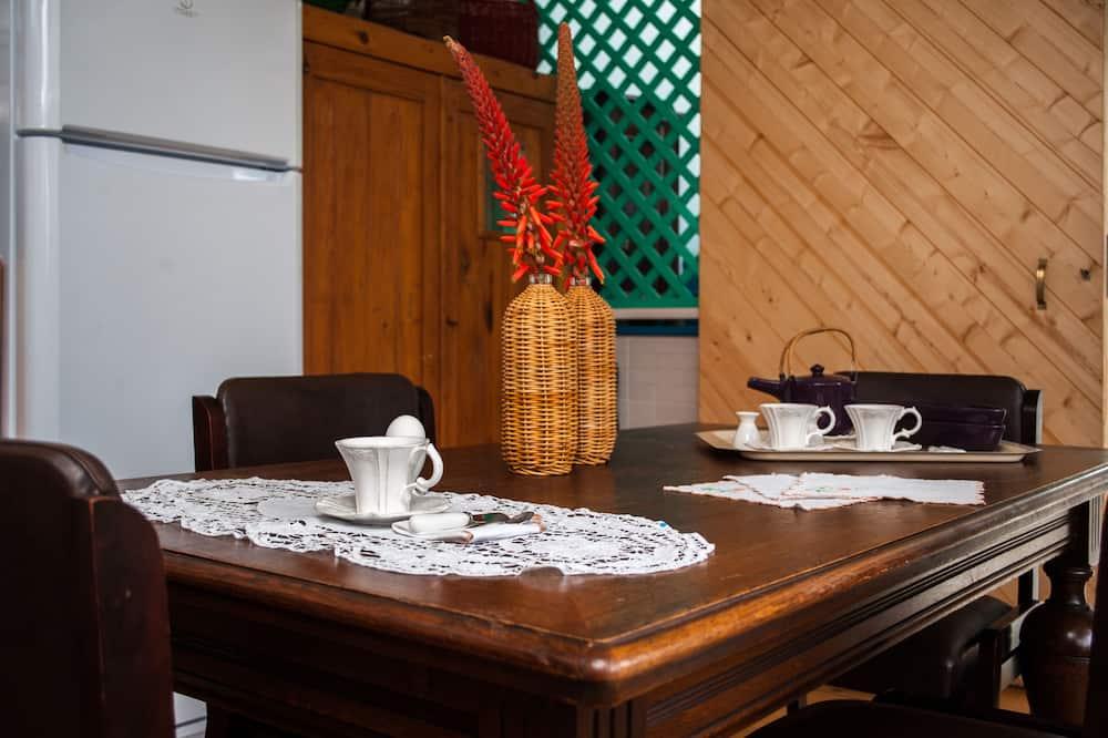 Panoramic Ev, 1 Yatak Odası, Özel Banyo, Bahçe Manzaralı - Oturma Alanı