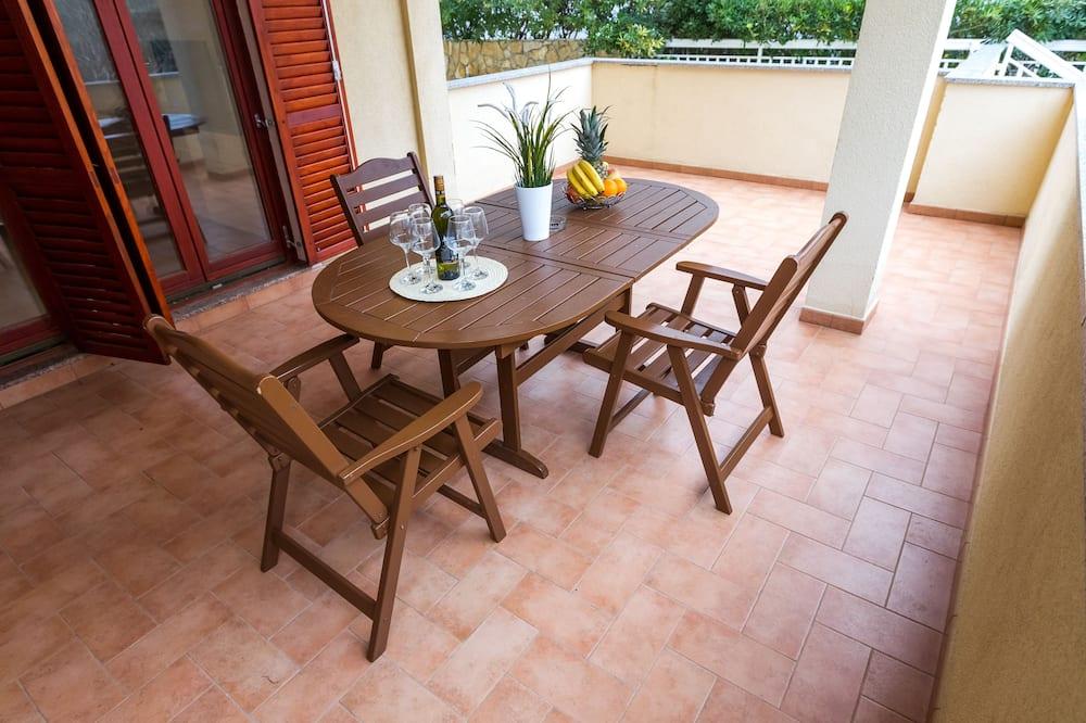 Comfort-huoneisto, 2 makuuhuonetta, Terassi (A10) - Parveke