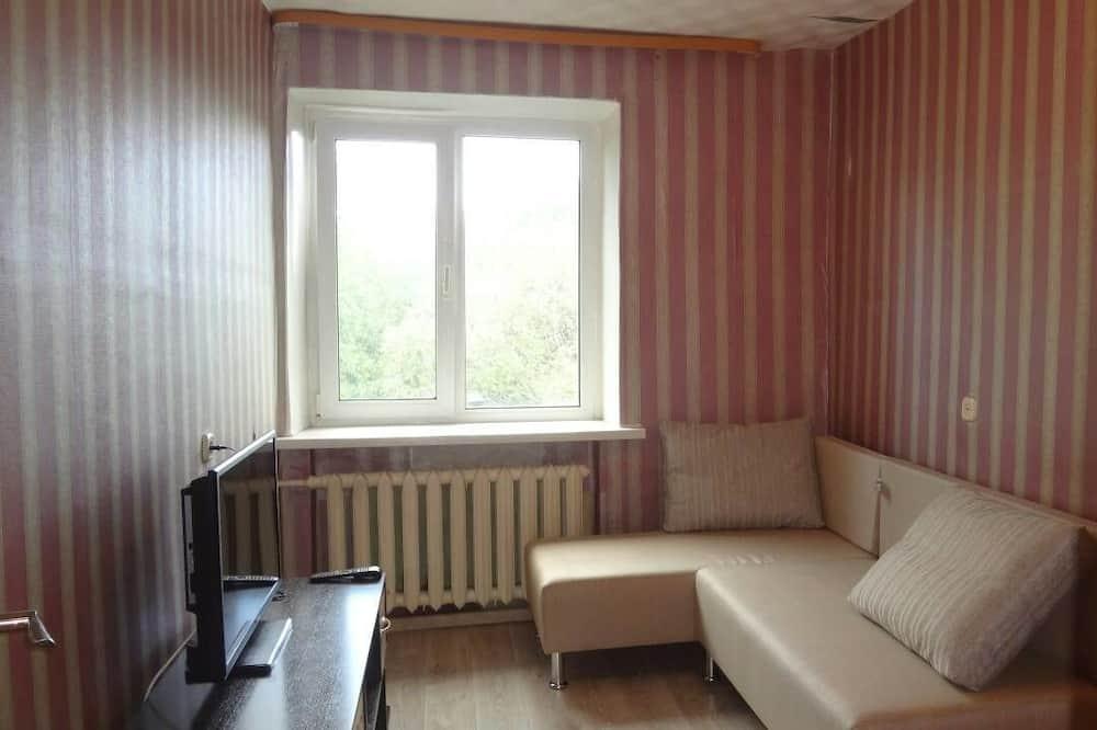Apartment on Karla Marksa 258B