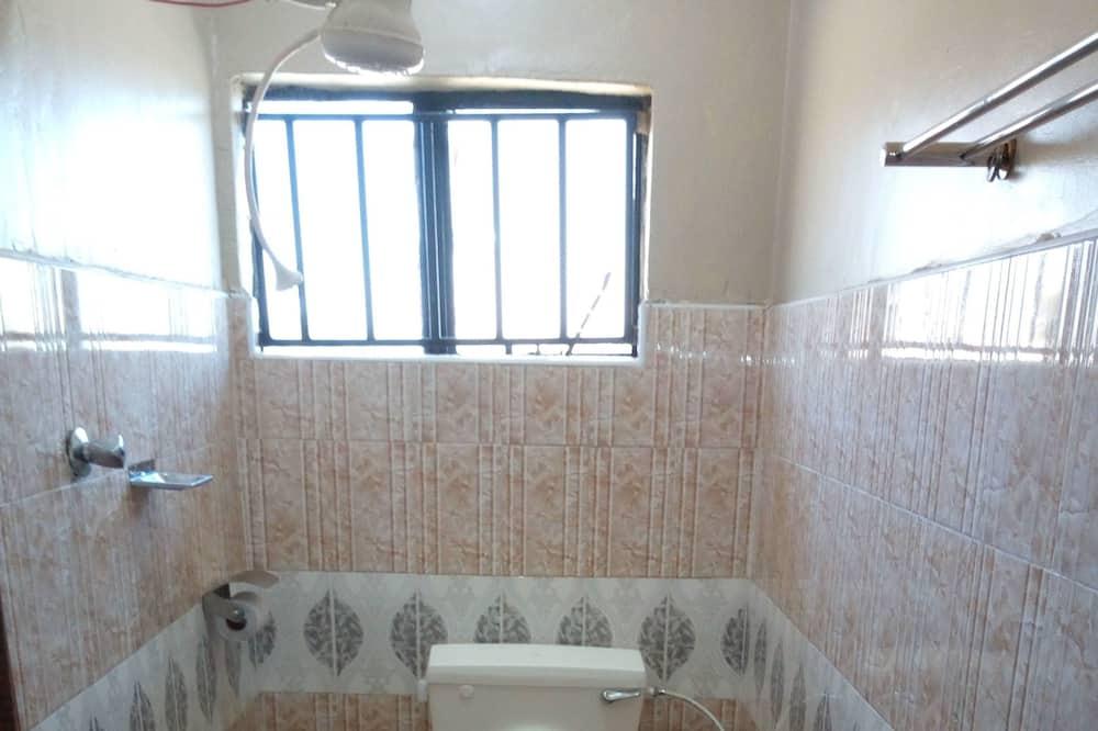 Comfort Twin Room, 2 Single Beds, Non Smoking - Bathroom
