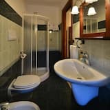 Doppel- oder Zweibettzimmer, Bergblick - Badezimmer