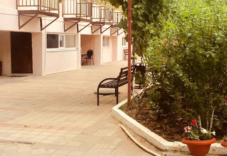 Rodnichok Guesthouse, Anapa , Fassaad