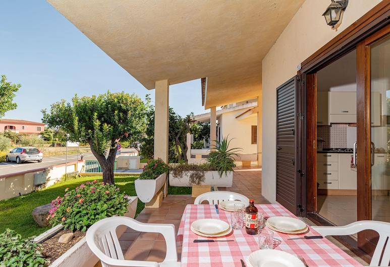 Centro Residenziale Le Canne, San Teodoro, Basic Apartment, 1 Bedroom, Terrace/Patio