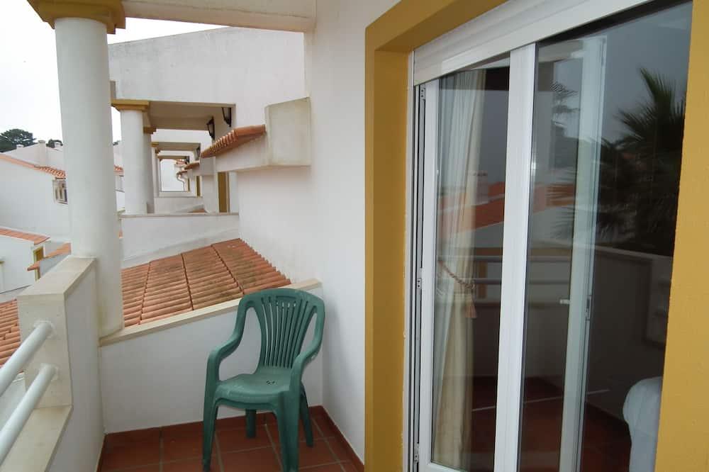 House, 2 Bedrooms - Balcony