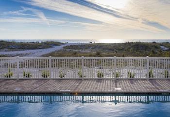 Treasure Island bölgesindeki Provident Oceana Beachfront Suites resmi