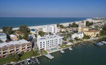 Foto di Provident Oceana Beachfront Suites a Isola del Tesoro