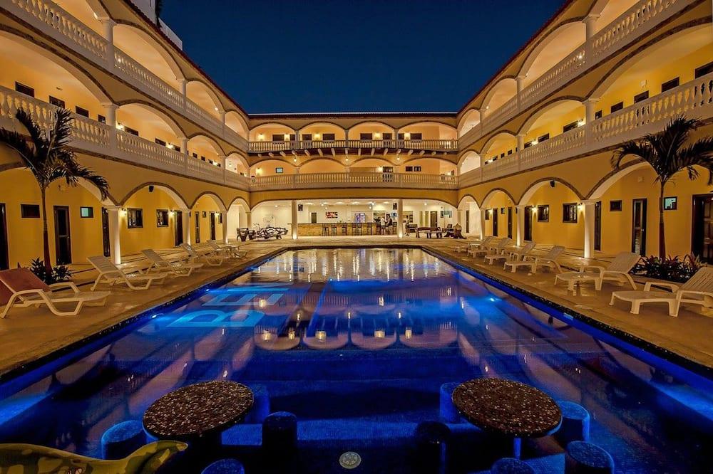 We playa Hotel - Hostel