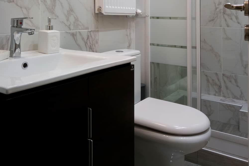 Deluxe Apartment (Kosmima) - Bathroom