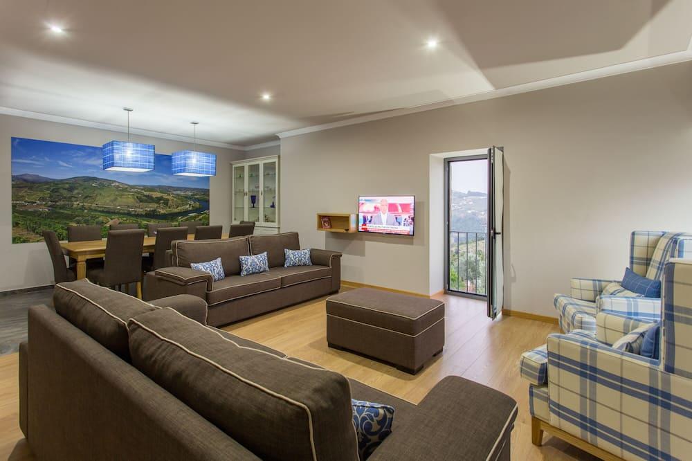Villa, 5 Bedrooms, Private Pool - Living Room