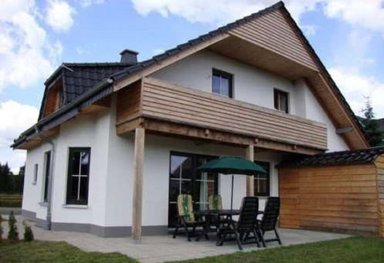 Large detached holiday home near Winterberg, 10 people, Medebach