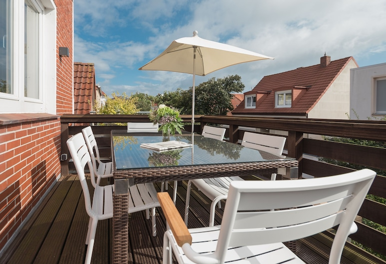 Unique 6P Luxury Holiday Home With 3 Bedrooms, 2 Bathrooms and Roof Terrace, Norderney, Balkon