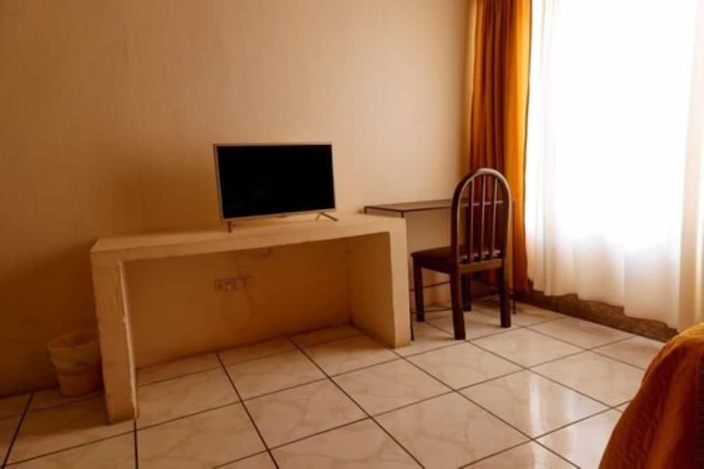 Dvivietis kambarys, 2 standartinės dvigulės lovos, Nerūkantiesiems - Televizija
