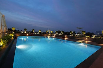 Enter your dates to get the Ernakulam hotel deal