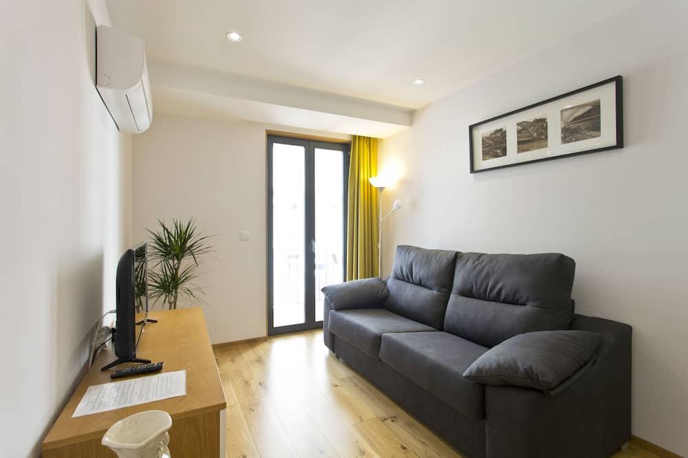 شقة سوبيريور - غرفة نوم واحدة - لغير المدخنين - منظر للحديقة - غرفة معيشة