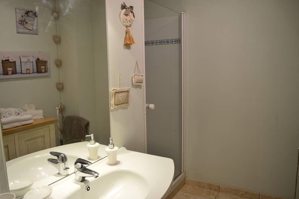 Doppelzimmer (La Closerie) - Badezimmer
