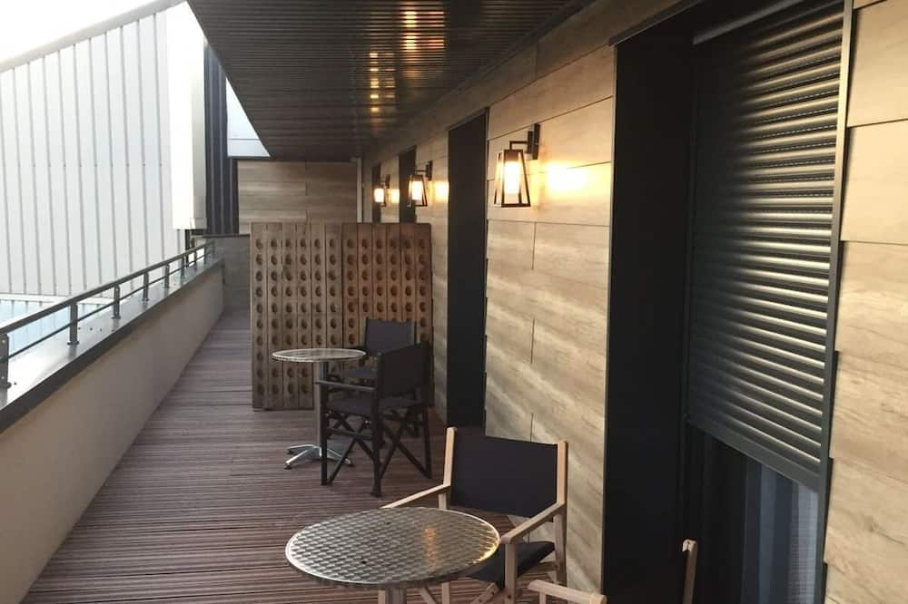 Comfort Double Room, Private Bathroom, Courtyard View (Avec Terrasse privée) - Balcony View