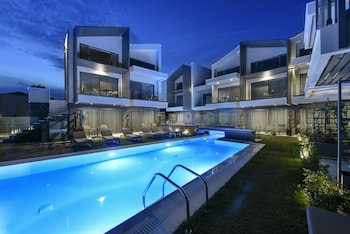 Picture of Serenity Suites in Sithonia