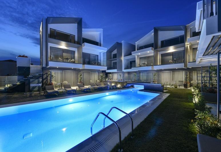 Serenity Suites, Sithonia, Bahagian Luar