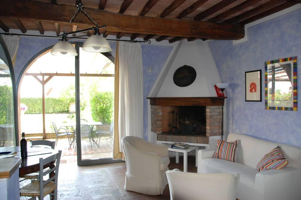 อพาร์ทเมนท์, 2 ห้องนอน (Pero, Susino) - พื้นที่นั่งเล่น