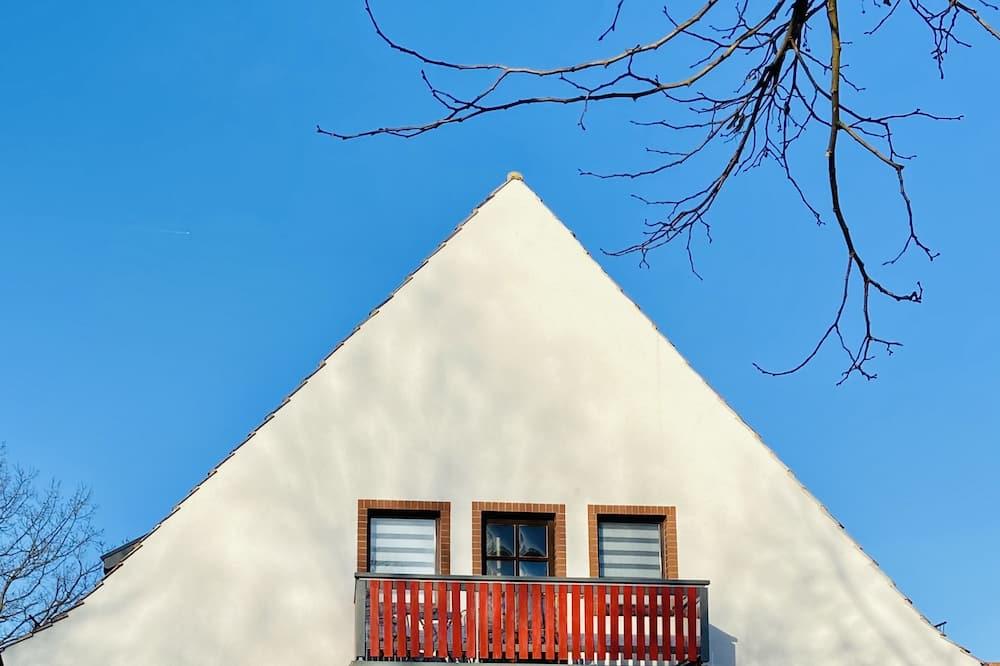 Comfort Suite, 1 Bedroom, Non Smoking, Balcony - Balcony