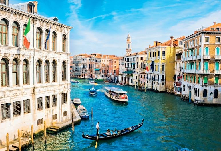In Venice, Venice