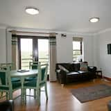 Classic Cottage, 2 Bedrooms, Non Smoking (Dog Friendly) - Living Area