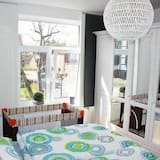 4 star (DTV) apartment with a view of the old lighthouse, quiet, central, bright