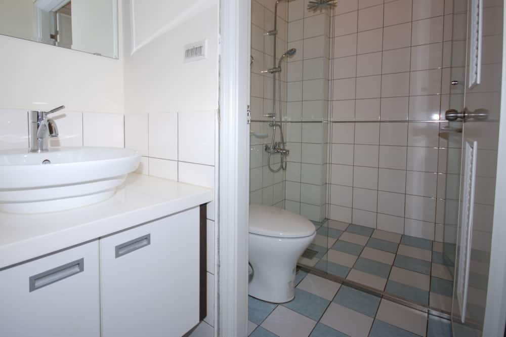 Panoramic Double Room, 1 Queen Bed, Non Smoking, Bay View - Bathroom