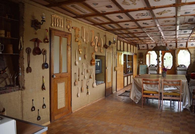 Artsiv Guesthouse, Dilijan
