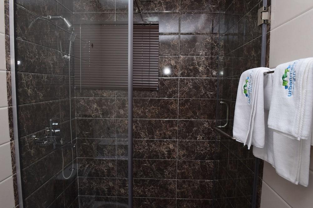 デラックス スタジオ - バスルームのシャワー