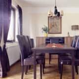 獨棟房屋, 陽台 (2 people per bedroom) - 客房餐飲服務