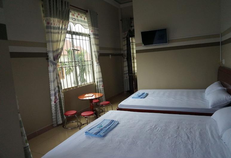 Thanh Lich Guesthouse, Sơn Tịnh, Habitación cuádruple, Habitación