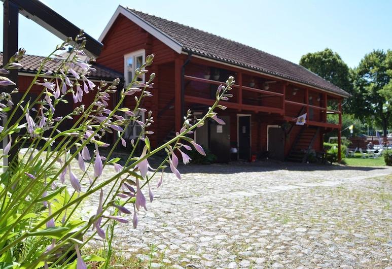STF Vandrarhem Mariestad, Mariestad, Dvor