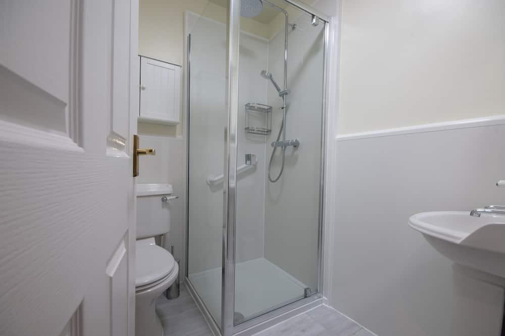 Двухместный номер с 1 или 2 кроватями (2 steps to Ground Floor, Room 1) - Ванная комната