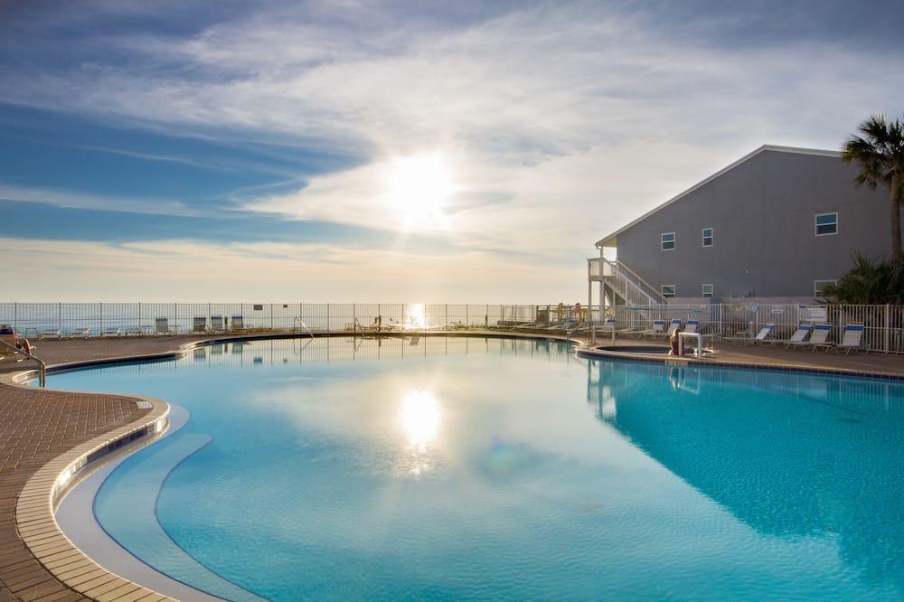 Tidewater Beach Resort 612 - One Bedroom Condo