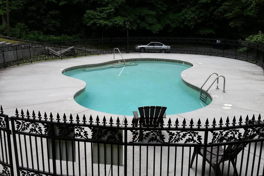 Pokoj, více lůžek (Bear Meade) - Bazén