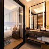 Представительский номер, 1 двуспальная кровать «Кинг-сайз», для некурящих - Главное изображение