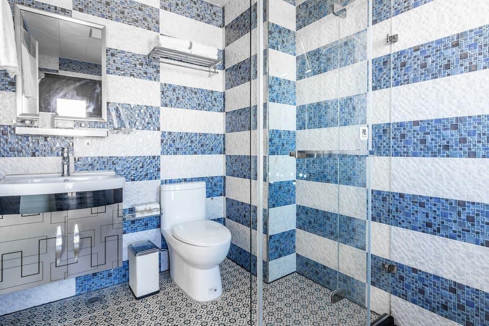Dvojlôžková izba, balkón - Kúpeľňa
